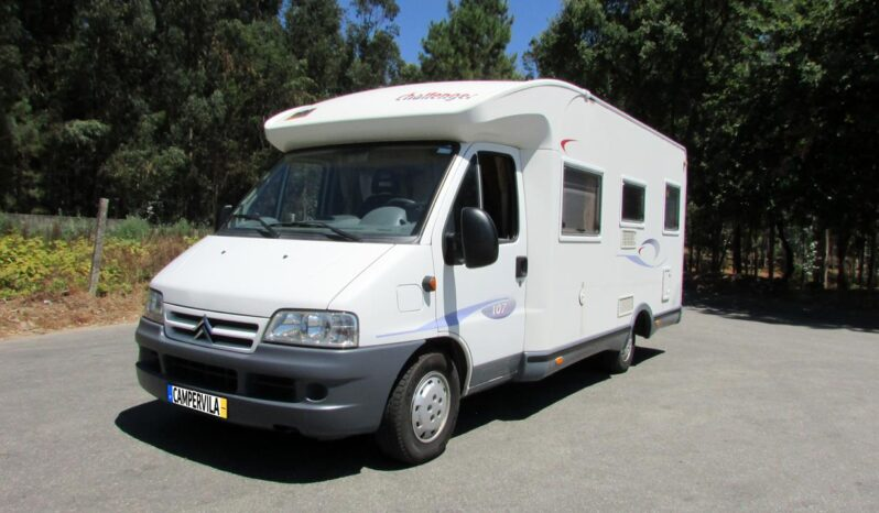 Fiat Challenger 2002 completo